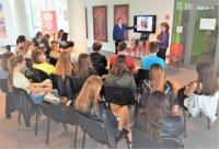 Открытый урок по русскому языку и культуре на тему «День России» для учащихся гимназий